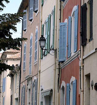 French la Vie - Living In France