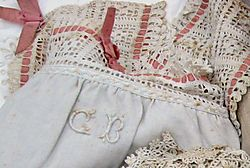Antique-lace.lll