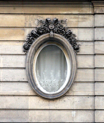 French round window
