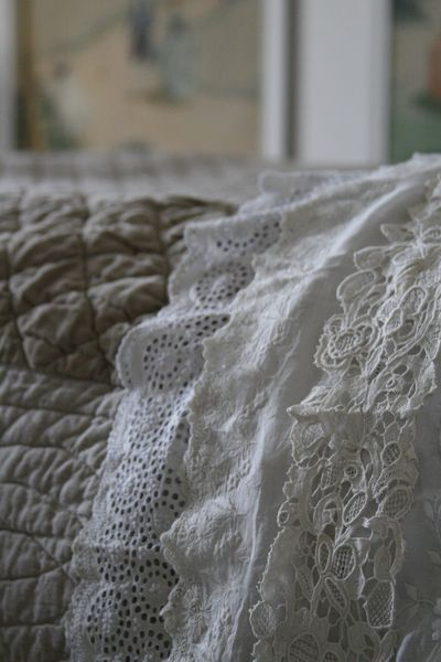 French lace bed linens