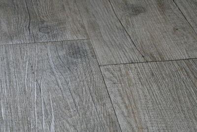 Wood tiles for the bathroom