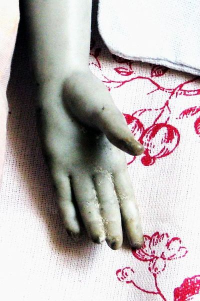 Doll-hand