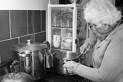 Annie-cooking