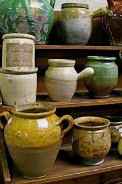 Provencal lard pots