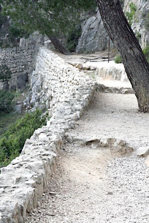 Trail along cassis
