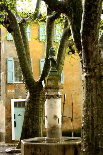 South-of-france-fountain