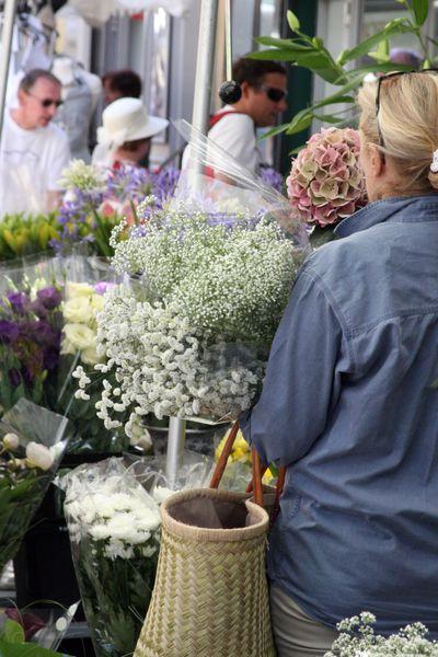 Open market flowers