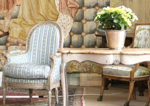 Frenh antique armchair Tholonet