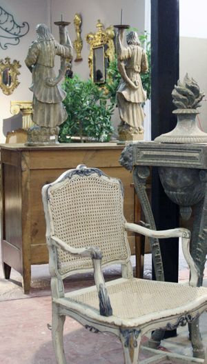 French antiques Tholonet