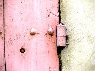 Pink-hinge