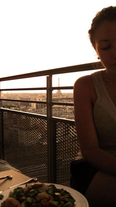 Eiffel-tower-balcony