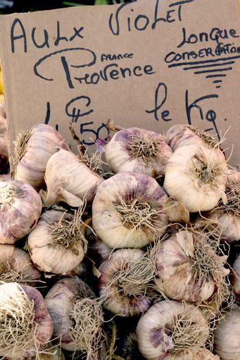 Open-market-garlic