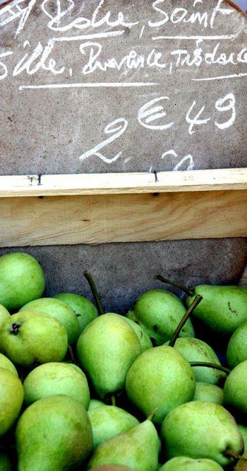 Open-market-pears