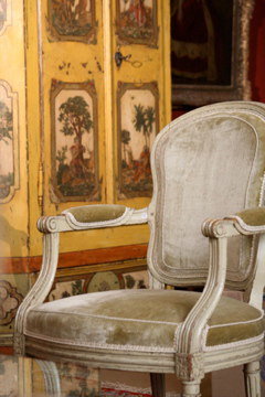 French armchair in velvet