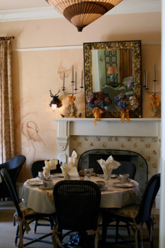 Autumn decor dining room Tallman