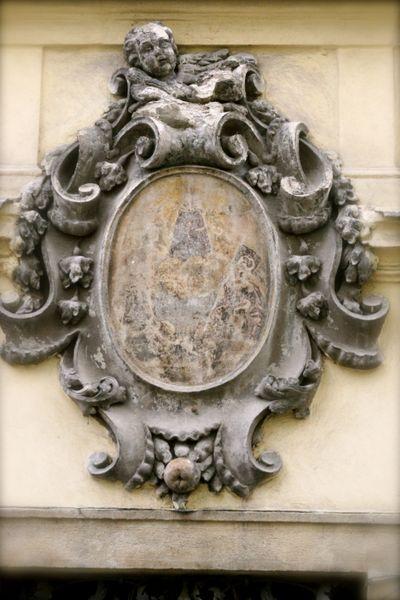 Prague sculpted details