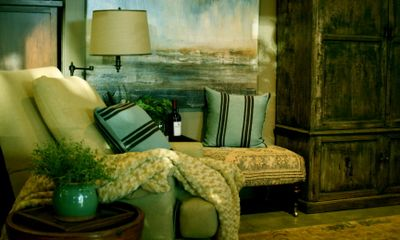 displaying color and textures in interior design