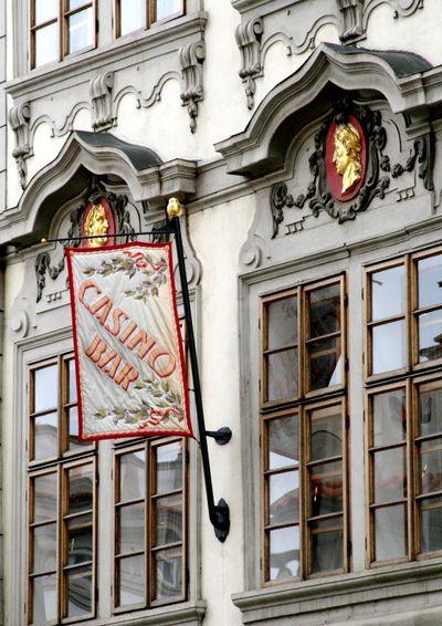 Window frames in Prague