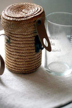 Vichy-glass
