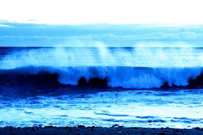 Thundering-sea