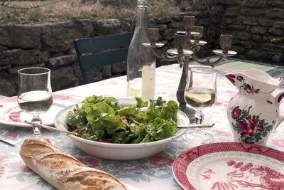 Lunch-on-the-terrace