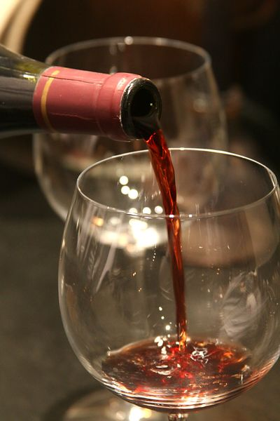 Pouring-wine