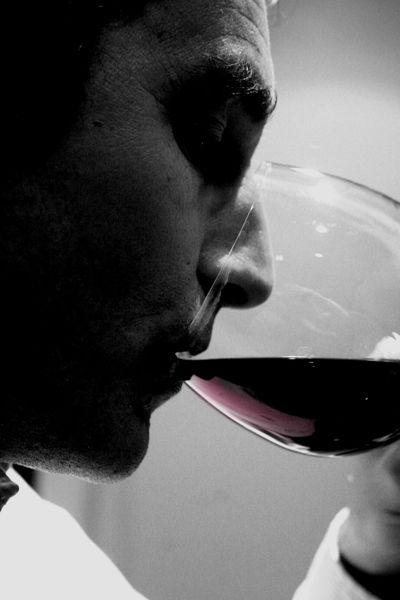 The-wine-taster