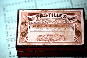 French-antique-pill-box