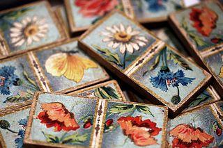 Flower-domino