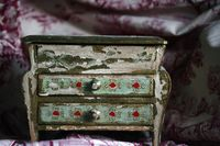 _vintage-jewelry-box