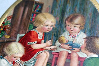 Detail-of-child's-postcard