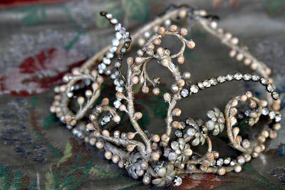 Frenh-antique-wedding-crown