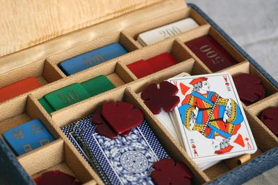 Card-playing-set