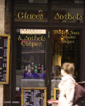 Window-shopping in paris