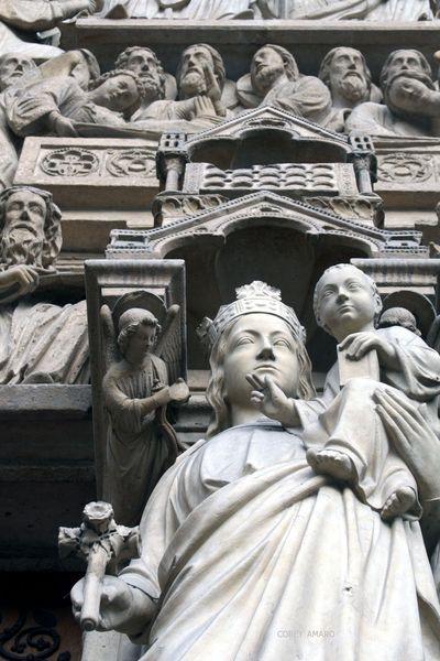 Notre-Dame-Entrance