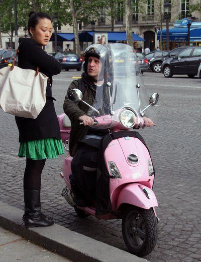 Paris-street-corner