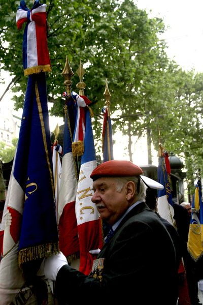 Red-beret-paris veteran's day in paris