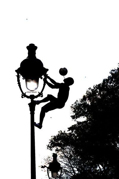 Sacre-coeur-street-artist