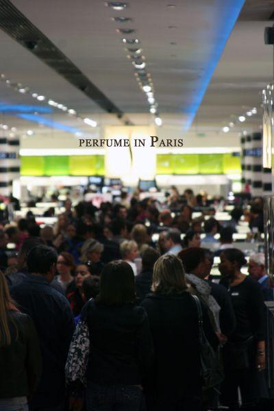 Perfume-in-paris