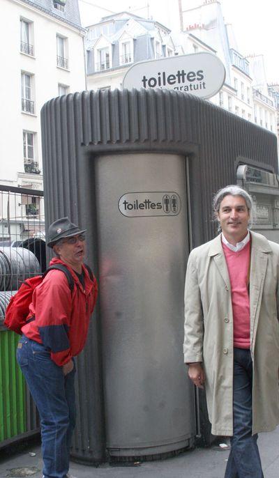 Toilet-paris