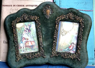 french brocante velvet-frame