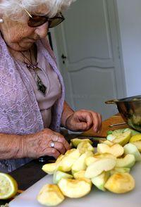 Annie's-apples