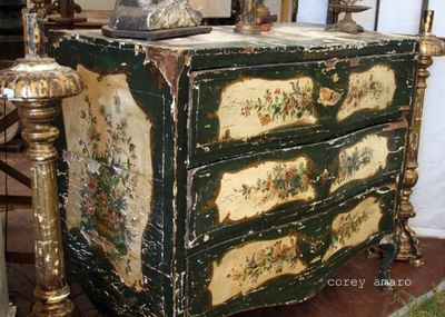 Antique italian dresser