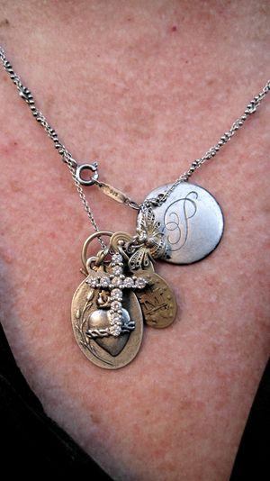 Mimi's necklace