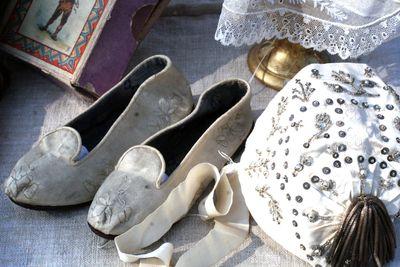 Silk-slippers
