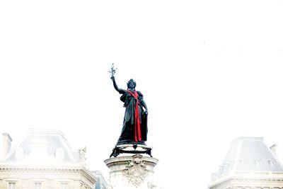 Paris-republique