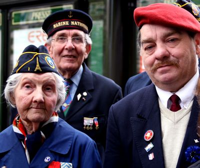 Red-beret veteran's day in paris