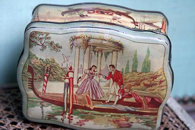 Romantic-candy-box