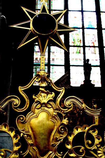 Prague church star