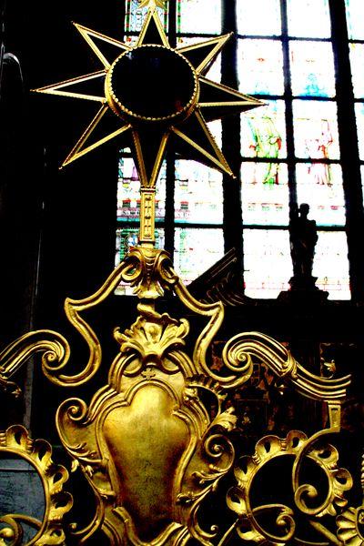 Prague church star